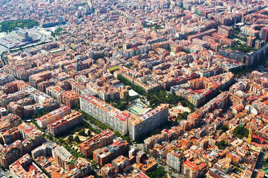 Encuentre la vivienda del centro y las zonas turísticas